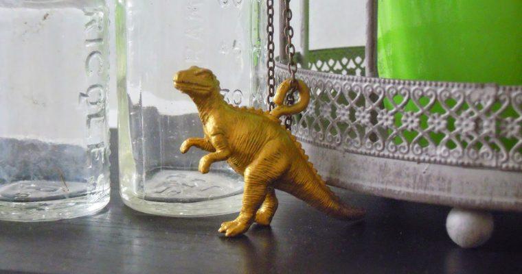 D.I.Y. Collier dinosaure