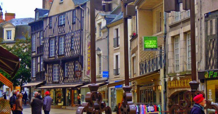 Carte Postale #11 : Blois et son Château Royal
