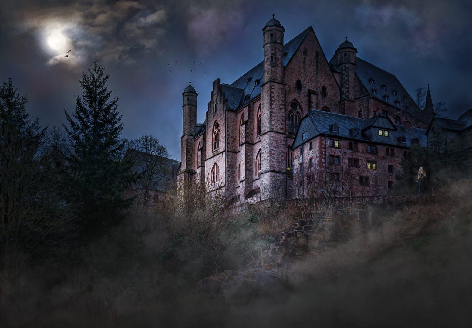 castle-1483681_1920
