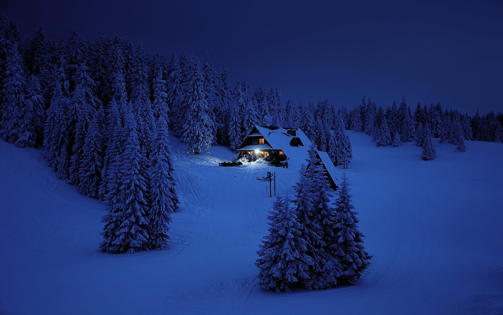 snow-3373432_1920